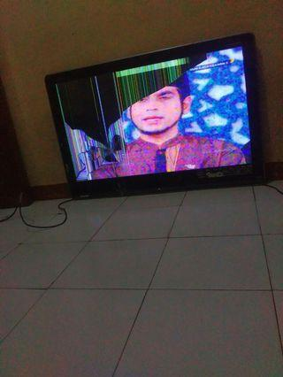Tv lcd Sharp Aquos 40in layar pecah