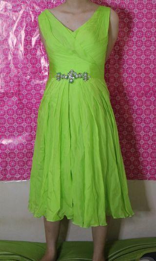Green dress kece badaii