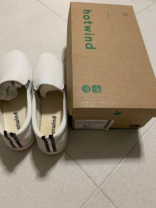 Hotwind White Men's Shoes EU 42 / UK 8 / US 9 - very pristine condition (see pics)