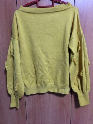 Mustard pullover knitted top