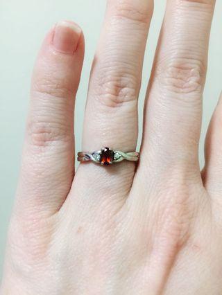 Ring, Pendant and earrings set. White Gold, Garnet, Small Diamonds