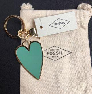 FOSSIL KEYCHAIN LOVE