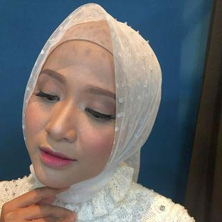 Make up wedding ,prewedding,lamaran,photoshoot dll