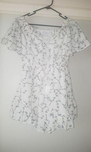 Asha floral playsuit never worn size 10