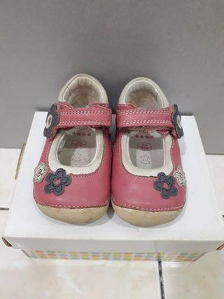 Clarks First Shoes UK 3 - 13cm (8.5/10)