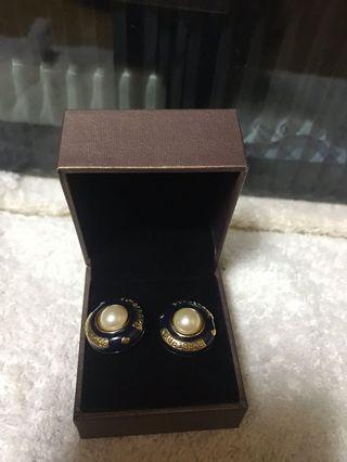 Burberry 耳環