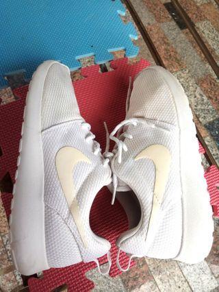 正品 Nike 耐吉 Roshe run 超輕量 運動鞋 慢跑鞋 白鞋