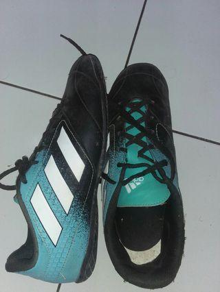 #Mauvivo Sepatu Futsal