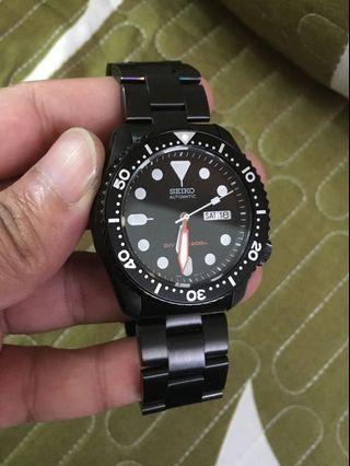 Seiko SKX007 Diver Stealth Mod