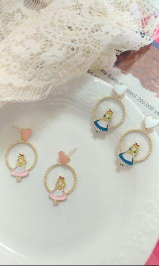 🚚 愛麗絲夢遊仙境👉抗敏👈耳環(s925銀針)