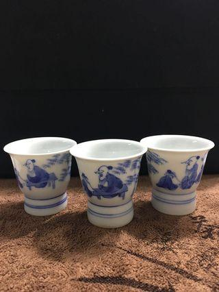 Chinese Porcelain Teacup (Playing Chess) Reproduction