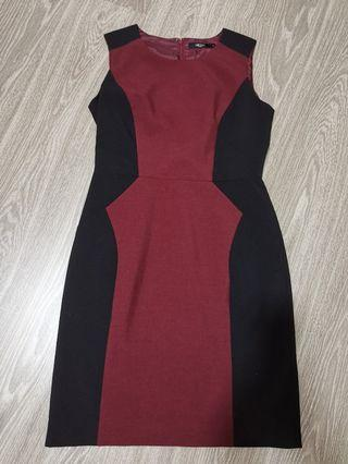 G2000 bodycon dress