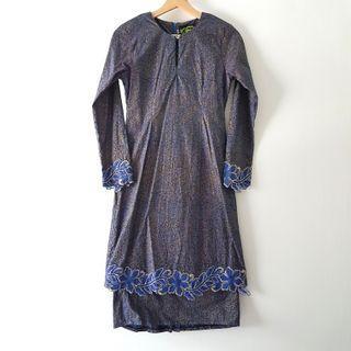 Slim Fit Baju Kurung in Gold & Blue Floral
