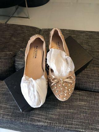 BN Pazzion Flat Shoes