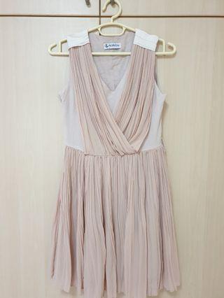 HVV pleated dress (size S)