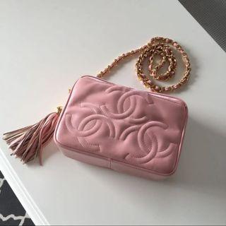 Vintage Chanel櫻花粉羊皮3cc流蘇mini camera bag