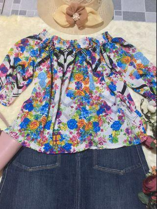❗️PRICE REDUCED Floral Off Shoulder Three Fourths