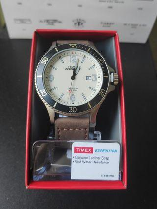 Timex Expedition TW 4B10600 men watch Indiglo diver watch