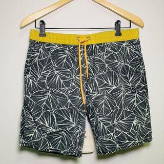 Beach short (Cotton on)