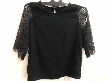 Black Lace Top size small NEW agak ada tag