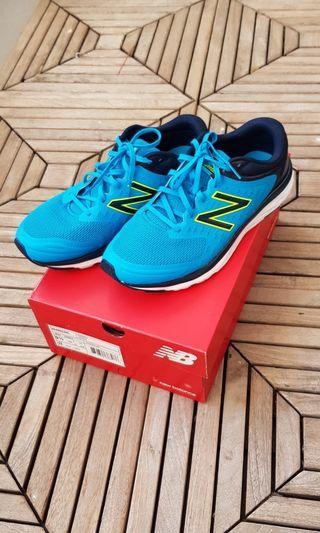New Balance 490V5 Mens Running Shoes