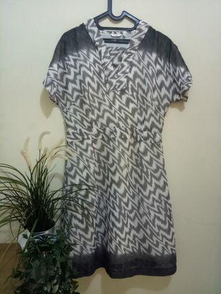 Dress Accent motif zigzag