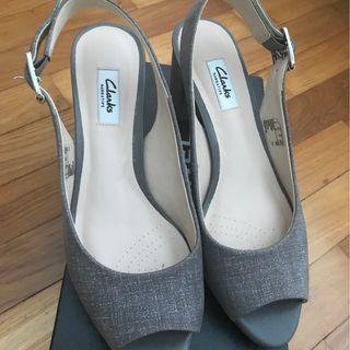New Clarks heels