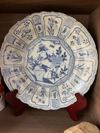 🚚 Ming Dynasty Blue and White big decorative plate