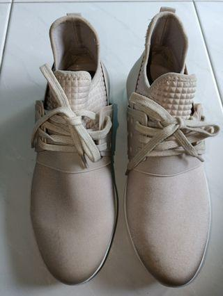 Brand New Charles & Keith Fashion Sneakers/Shoe with Free Mail