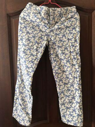 Gap floral jeans with adjustable width