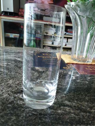 Vintage Porsche wine glass