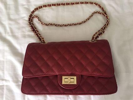 🚚 Red Handbag