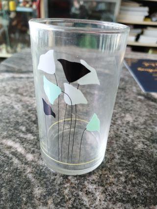 Vintage flora design agape glass