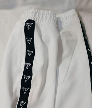 🚚 GUESS男生運動短褲 全新 正品