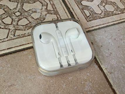 🚚 Apple Earpiece
