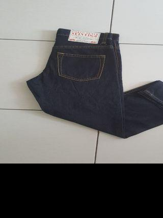 Jeans Import Branded