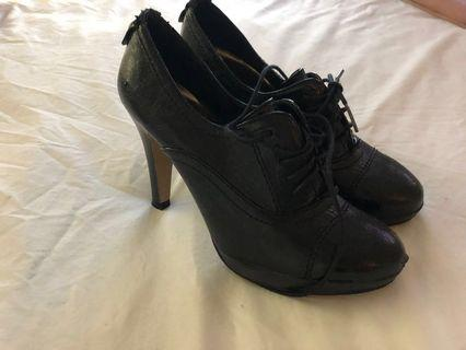 'New Look' Black Ankle Boot Heels Size 6