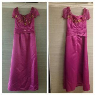 Long Dress Pesta warna pink fusia