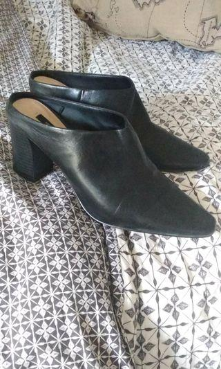 MNG high heeled mules