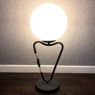 Abstract Lightbulb Lamp