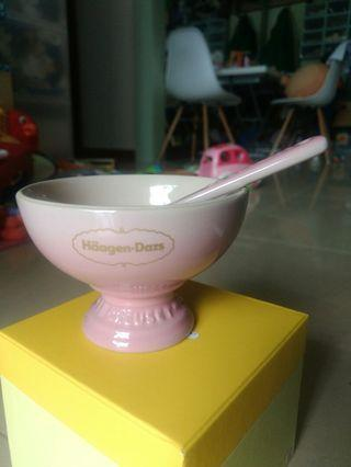 Le Creuset pink cup and spoon Haagen Dazs