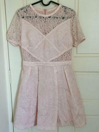 🚚 Peach lace dress