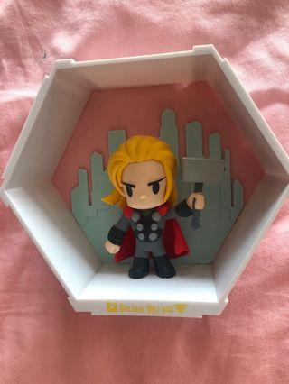 🚚 Thor figure collectibles