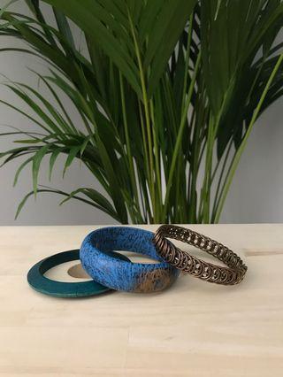 🚚 Bracelet