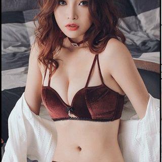 Women Korean Fashion Sexy Non Wire Velvet Underwear Set [Black/Gray/Red]