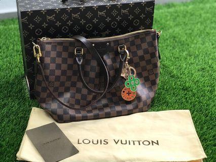 Louis Vuitton Crossbag