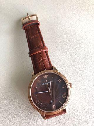 🚚 Emporio Armani Classic Leather Watch