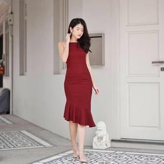 Mikayla Patty Mermaid Dress in Burgundy (S)