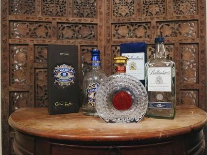 🚚 DC142 3pcs empty liquor bottles