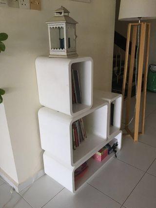 Modular book shelves